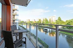 Stay Win Riverfront Lofts