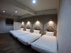 Red 'n' Roll Hostel - Chiang Saen