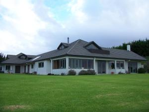 Waiwurrie Coastal Farm Lodge