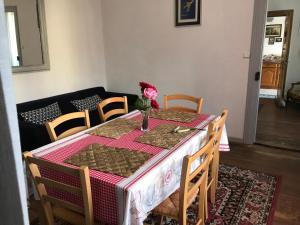 51 Rue SaintLouis Appartement