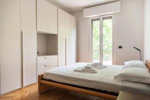 2 Bedrooms Flat near Bocconi, Iulm, Navigli - AbcAlberghi.com