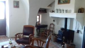 Chambre et pièce à vivre indépendantes, Upaix, France | J2Ski