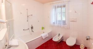 Residence Olympia, Aparthotely  Toblach - big - 19
