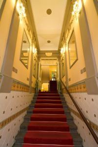 Hotel Raffaello, Hotely  Praha - big - 33