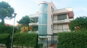 Blu Apartments