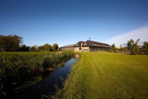 فندق فان دير فالك فولندام