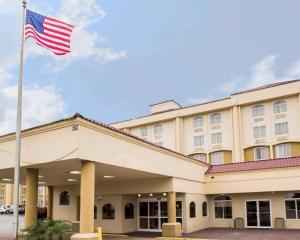 Quality Inn & Suites Orlando /..