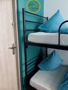 ZiZi Central Hostel