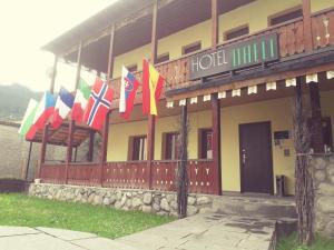 Отель Даэли, Местиа