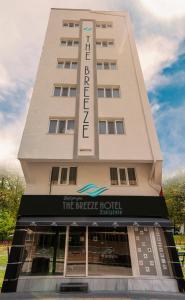 obrázek - The Breeze Hotel