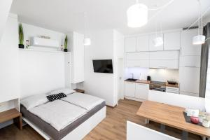 Apartma J.E.Ž.