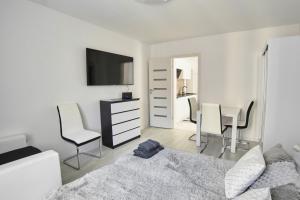 Apartament Lelewela 8