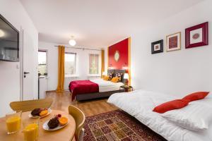 Sleepway Apartments Orient Dream