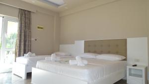 Hotel Beach Restaurant Fabio, Apartmanhotelek  Borsh - big - 14