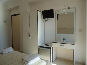 Rondos Hotel, Hotels  Himare - big - 7