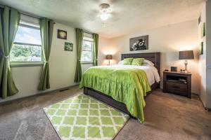 obrázek - 2 Bedroom Townhouse w/ Smart Luxuries