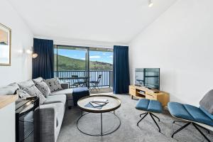 obrázek - Misty Lakes - Queenstown Lakefront Apartment