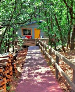 LOCATION! Nature Lovers Getaway - Close to Historic Downtown - Hotel - Flagstaff
