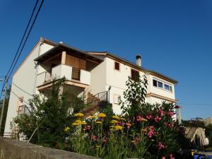 Apartman Petra, 51500 Vrh