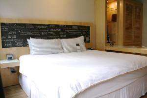 TRYP by Wyndham Times Square South (28 of 73)