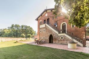 Borgo Sartoni case vacanze appartamenti in affitto - AbcAlberghi.com