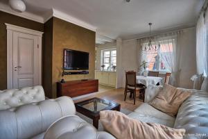 Royal Warsaw Apartment