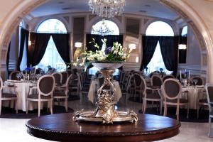 Grand Hotel Continental, Hotels  Bukarest - big - 115