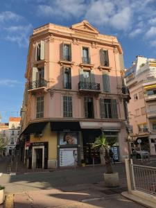 La Guitare 21 - Cozy studio in center of Cannes, just behind Grand Hotel, Apartmány  Cannes - big - 6
