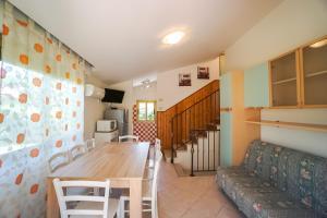 Villa Girasole, Apartments  Bibione - big - 15