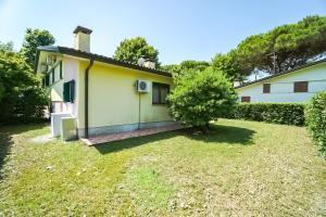 Villa Girasole, Apartments  Bibione - big - 21