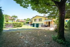 Villa Girasole, Apartments  Bibione - big - 23