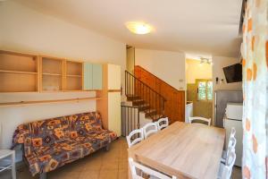 Villa Girasole, Apartments  Bibione - big - 36