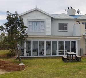 Lodge 90 - Pinnacle Point Estate