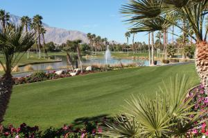 DoubleTree Golf Resort Palm Springs (8 of 74)