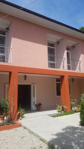 Gostievoi dom u Anaidy, Пицунда
