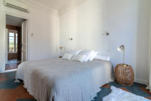 La Guitare 33 - Nice and spacious 1BR apartment in center of Cannes, right behind Grand Hotel, Apartmanok  Cannes - big - 3