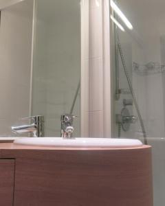 Mini Loft Daval, Apartments  Paris - big - 15