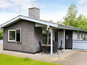 Two-Bedroom Holiday home in Hals 14