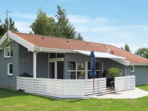 obrázek - Four-Bedroom Holiday home in Sydals 3