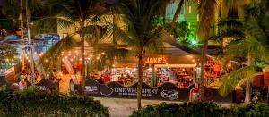 Coconut Court Beach Hotel (4 of 39)