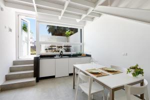 Rivabella Deluxe Apartments