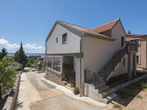 Boutique Apartment in Starigrad with Terrace