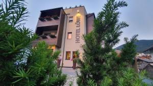 Hotel Löwe - San Candido