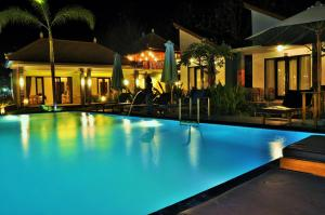 Favorit Bungalow And Spa Luxury