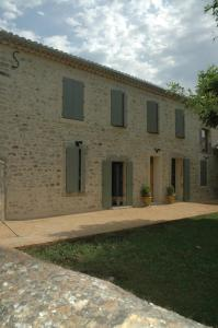 Accommodation in Saint-Paul-les-Fonts