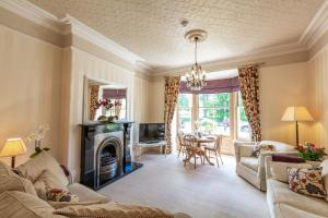obrázek - Swan View Apartment, Central Harrogate - 1 bedroom Sleeps 4