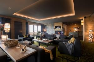 CGH Résidences & Spas les Chalets du Soleil Contemporain - Hotel - Les Menuires