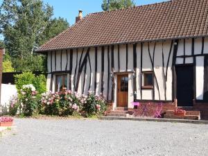 Location gîte, chambres d'hotes Gîte et Relais Equestre de Marie dans le département Somme 80