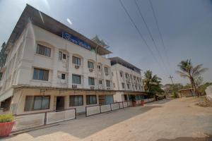 . Hotel Omkar Residency