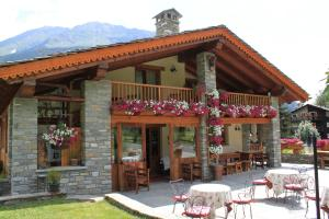 Hotel Lo Campagnar - Courmayeur